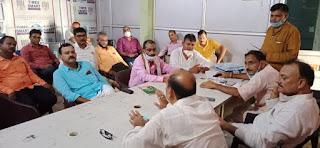 कोरोना संकट कम होते ही शुरू होगा जनपदीय शिक्षक संघ के भवन का निर्माण : रमेश सिंह | #NayaSaveraNetwork