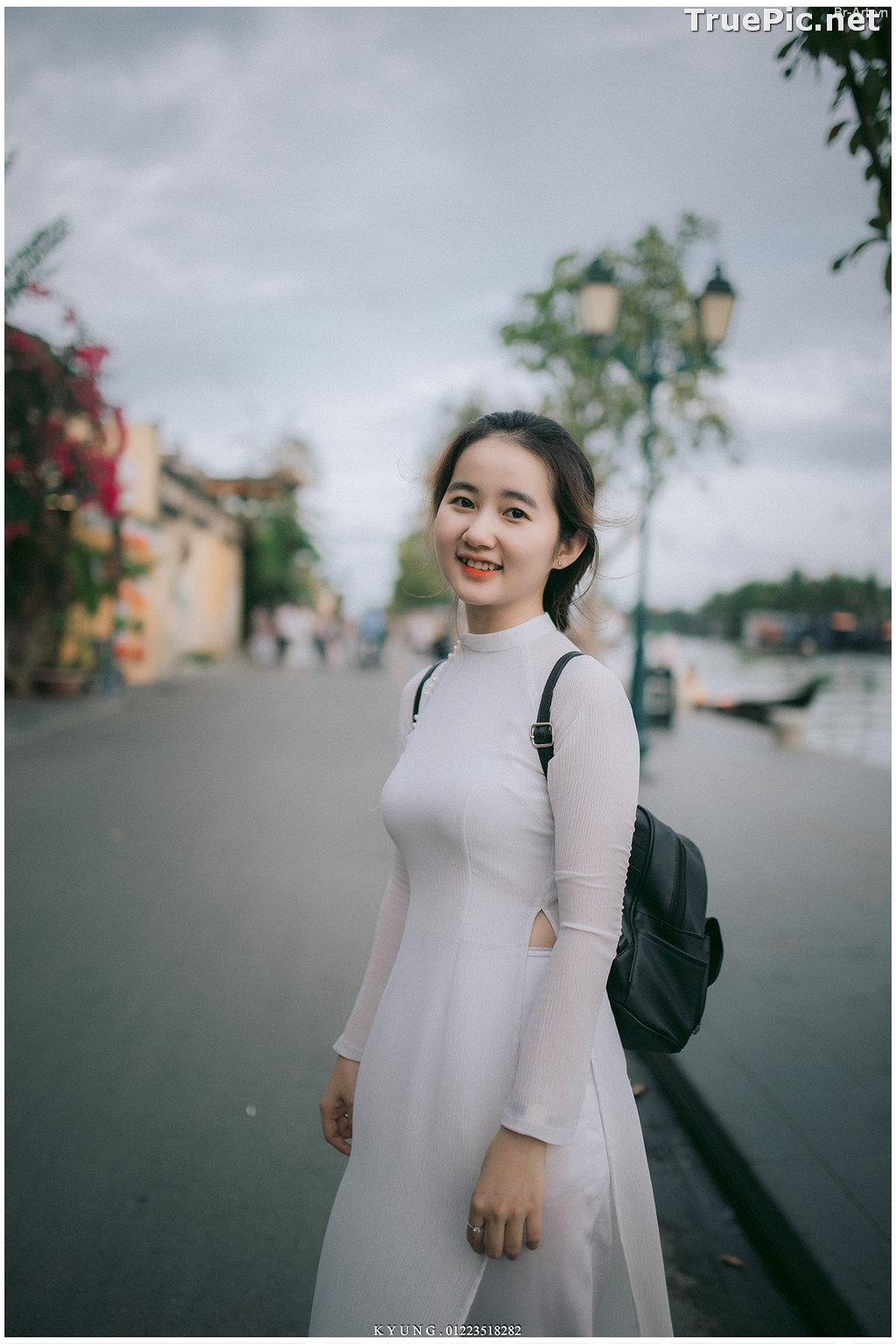 Image Vietnamese Cute Girl - Vo Xuan Chau - Ao Dai at Hoi An - TruePic.net - Picture-7