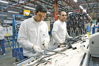 De manera progresiva los trabajadores regresarán a sus puestos, pero solamente será para cumplir con un pedido que realizó la automotriz Peugeot