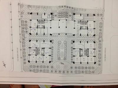 屬商業用地,規劃住家及店面共794戶,為單層8併2~3房格局,希望能用這些格局來做最好的打算,目前還是四四方方的格局最適合我們人居住