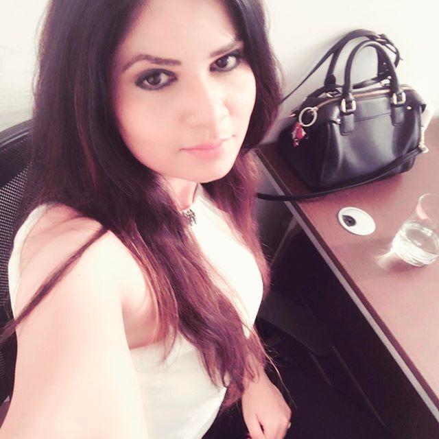 Actress Aabha Paul Latest Insta Pics Navel Queens