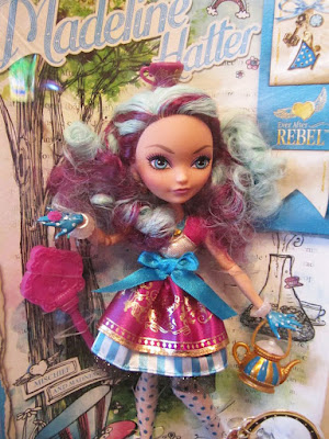 Игрушка Ever After High Madeline Hatter Basic Doll 2013