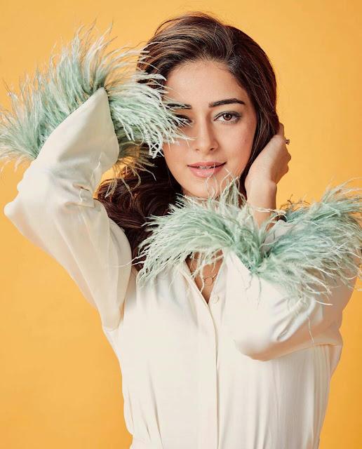 Ananya Pandey HD Wallpaper Download
