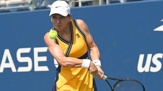 Simona Halep em ação pela estreia do US Open 2021
