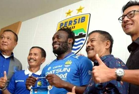 micahel essien move to indonesia