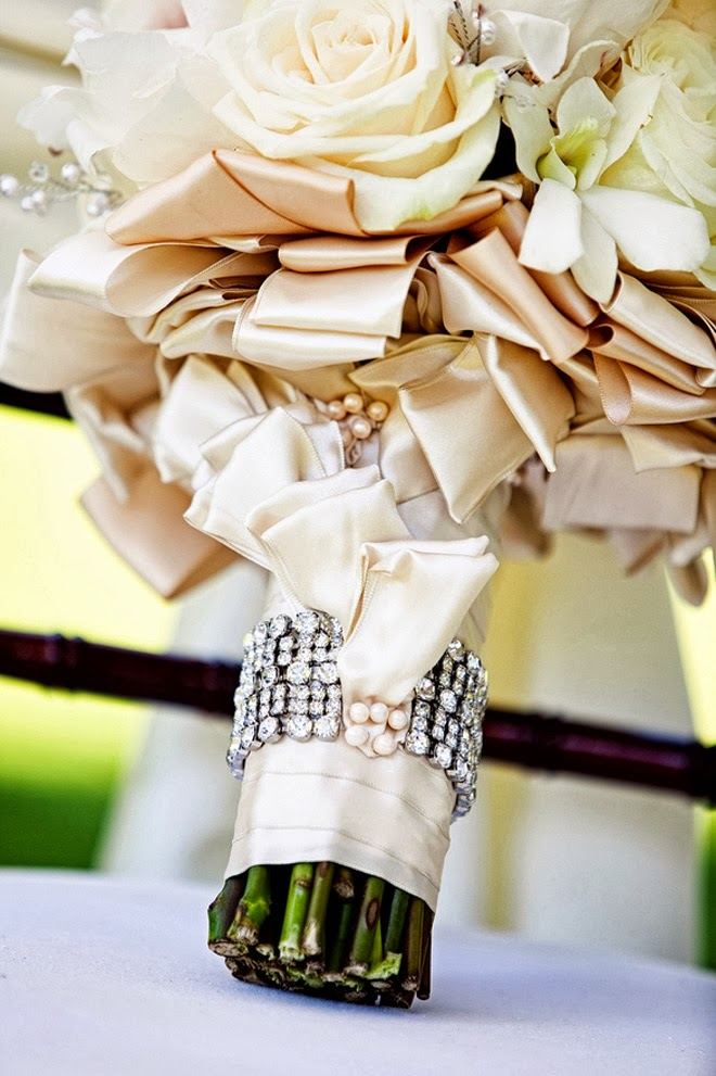 Wedding Bouquet Wraps, Holders and Handles Ideas - Belle ...