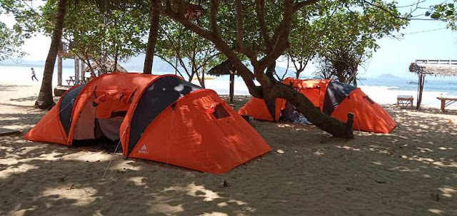 Glamping Pantai Mustika Banyuwangi