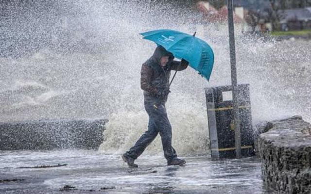 العاصفة دينيس ستضرب هولندا هذا اليوم