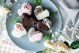 ★★★★★ | Chocolate-Covered Roll Cake Hearts
