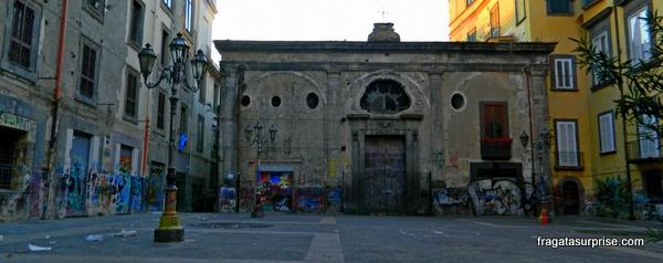 Igreja de São Cosme e São Damião, no Centro Histórico de Nápoles