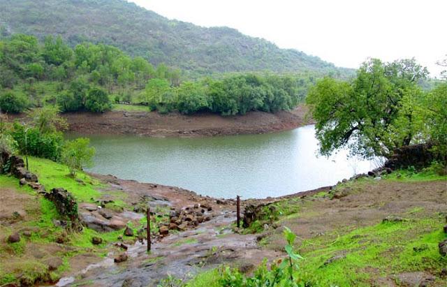 Places-To-Visit-Near-Mumbai-Lonavala