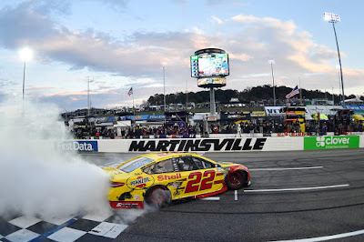 Joey Logano Bumps His Way to Homestead #NASCAR