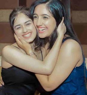 Jannat Zubair Rahmani With Ashnoor Kaur