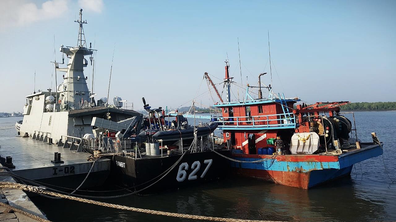 Lantamal I Proses Lanjut KIA KHF 1960 yang Ditangkap KRI Kerambit-627 Di Selat Malaka Perairan Indonesia