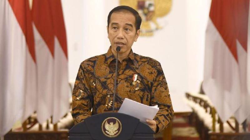 Jokowi Ingatkan Anies Soal Kebijakan Transportasi Publik