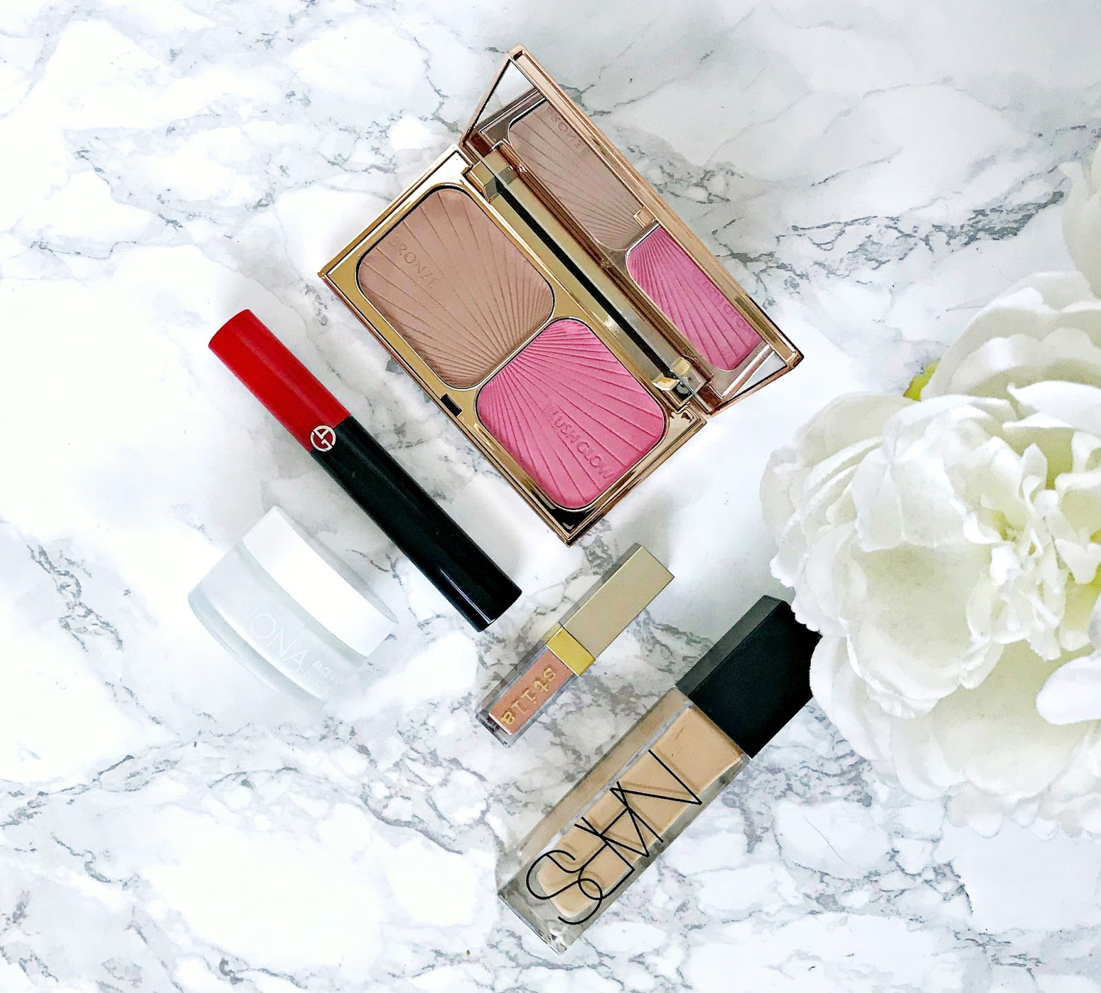 Nars Radiant Longwear Foundation review, Charlotte Tilbury Blush & Bronze Review and giveaway, Armani Eccentrico Mascara Review, Stila Glitter & Glow Liquid Eyeshadow Rose Gold Retro Review