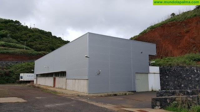 El Cabildo saca a la licitación el uso de la bodega comarcal y la planta de destilación de la comarca noreste