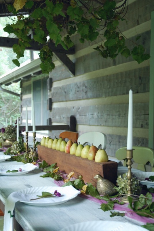 Fall_Tablescape_Outdoor_pears_sugarmold_purple_brass