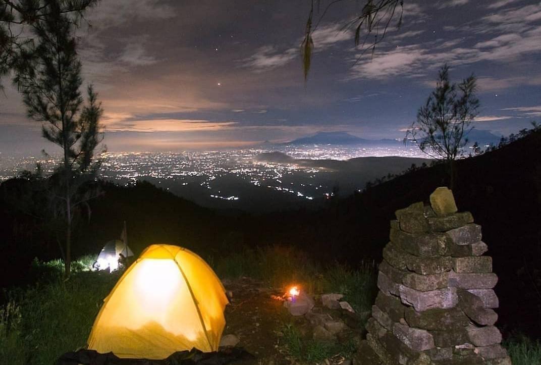 Pemandangan Wow Di Pos Sekartaji Gunung Wilis Media Informasi Kaya Inspirasi