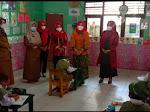 Bunda Winarni Pantau Uji Coba PTM di TK Masjid Agung Kalianda