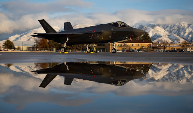 """Ρίχνει τους τόνους η Άγκυρα μετά το """"τελεσίγραφο"""" των ΗΠΑ για τα F-35"""