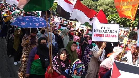 Jutaan Rakyat Iran Ikuti Pawai Hari Quds
