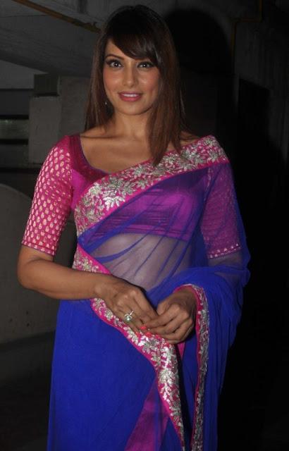 Bollywood Actress Bipasha Basu Latest Hot Stills In Saree Actress Trend