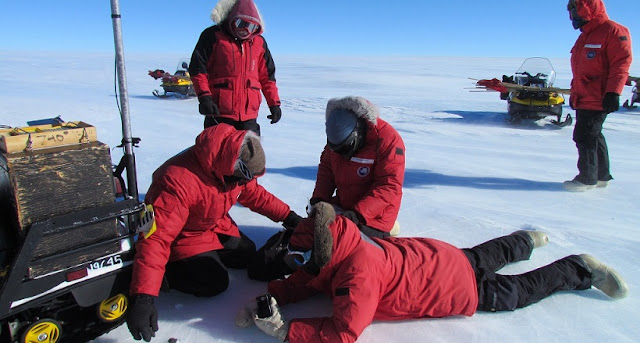 Sample collecting of meteorites in the Antarctica. Credit: Katherine Joy / ANSMET