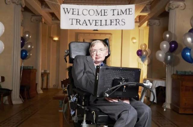 ستيفن هوكينغ, السفر عبر الزمن