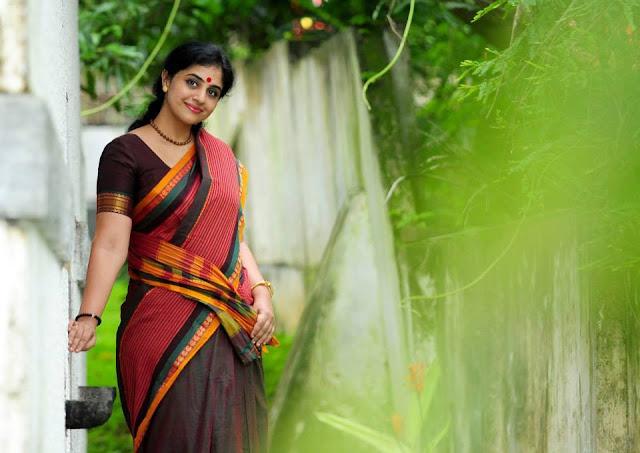 Methil Devika first marriage, age, first husband, ex husband, family photos, rajeev nair, rajeev photos, dance, rajeev nair, dance performance, mukesh and, wiki, biography