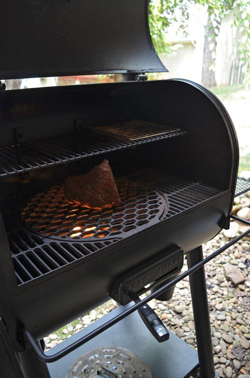 Oklahoma Joe's Rider DLX cooking up a nice tri-tip