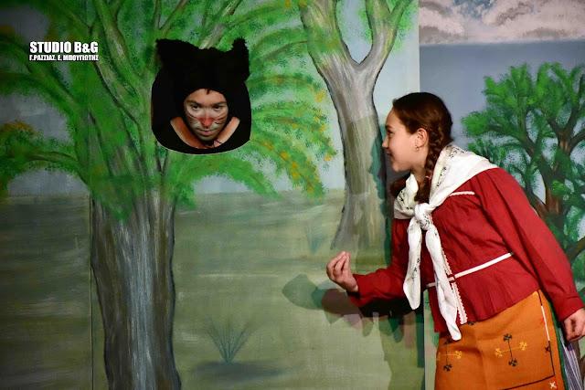 Πρεμιέρα στο Ναύπλιο για την παράσταση «Ένας γάτος τσαρουχάτος» από την «Παραμυθένια Σκηνή» του ΔΟΠΠΑΤ