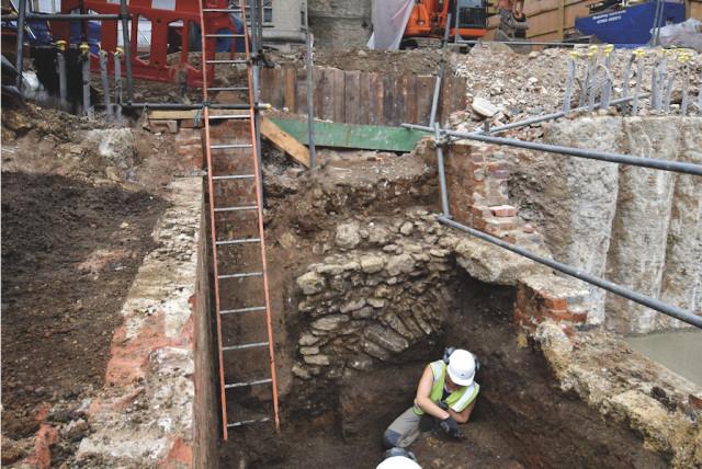 Toilet Kuno Usia 800 Tahun Ungkap Orang Yahudi Inggris Tidak Makan Babi