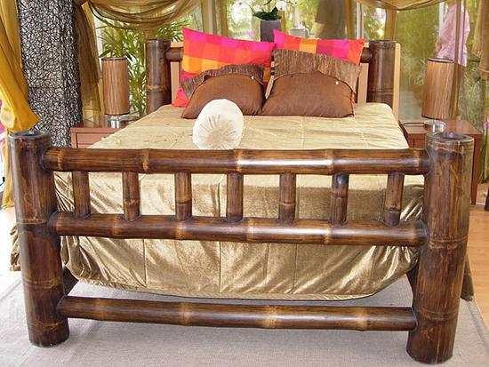 Desain tempat tidur inspiratif berbahan bambu