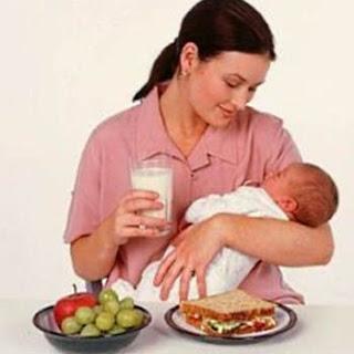 7 Makanan Pantangan Ibu Menyusui Yang Harus Dihindari