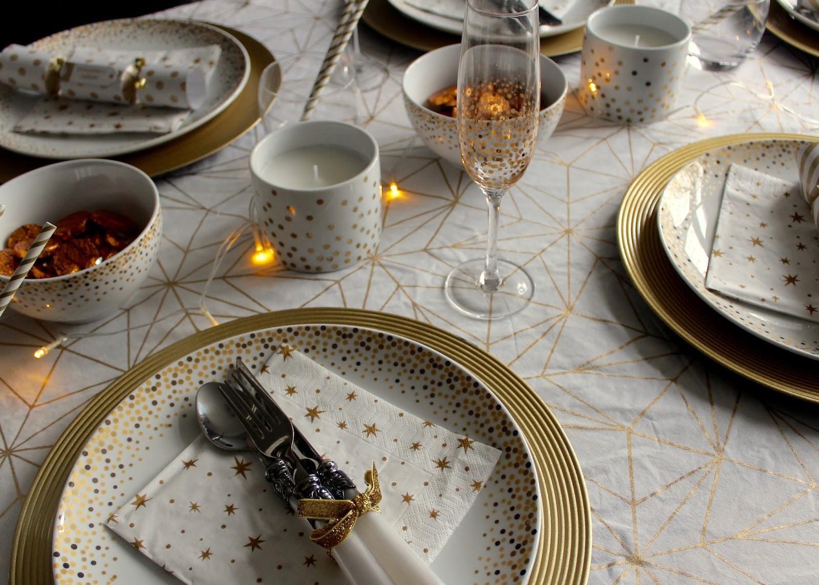 Home For Christmas Decorations Tableware And Comforts & Christmas Tableware Uk - Home Decorating Ideas \u0026 Interior Design