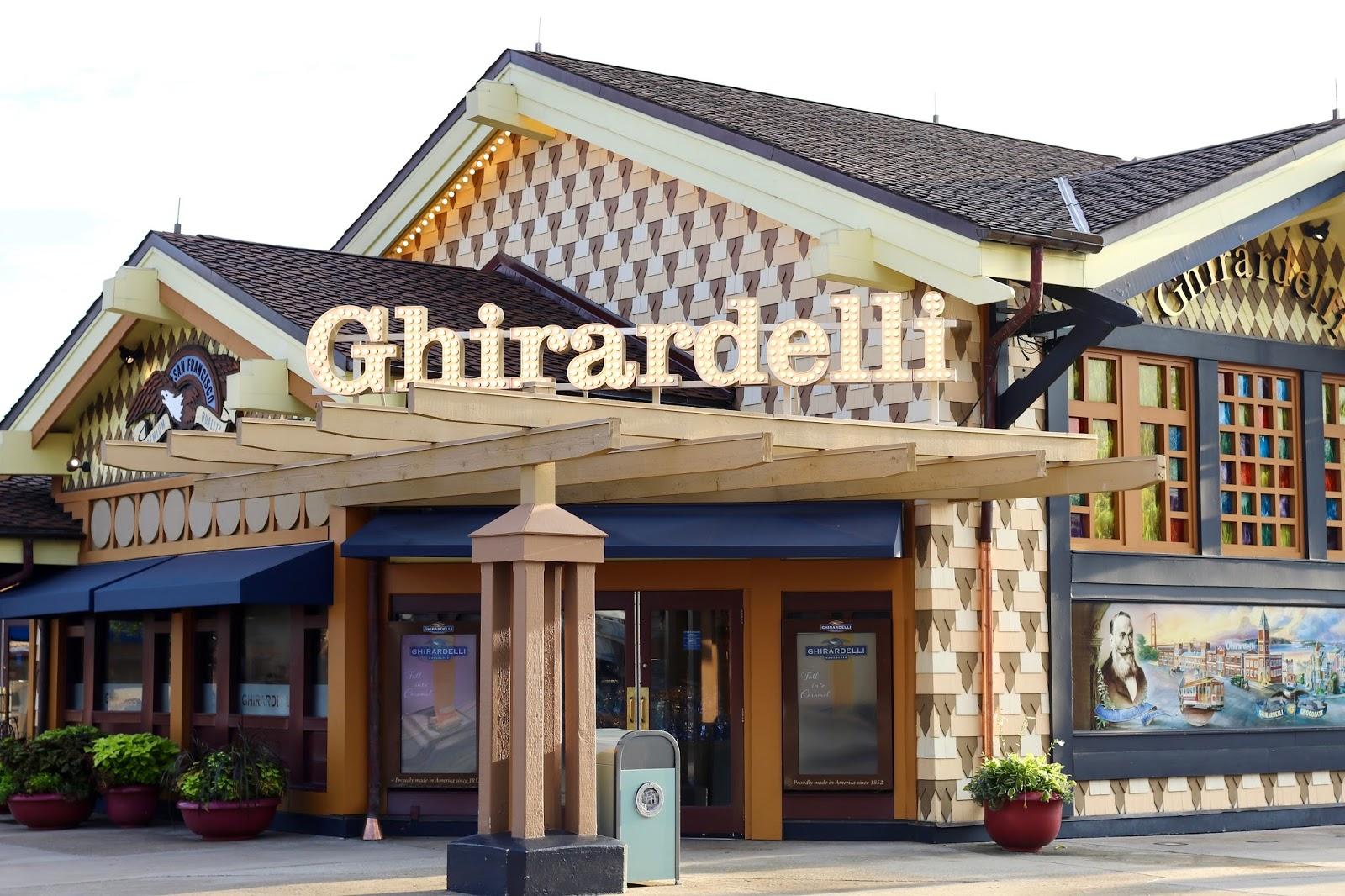 Disney-Springs-Ghirardelli-Ice-Cream-Parlour-Orlando-Florida