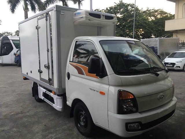 Giá lăn bánh Hyundai H150 thùng đông lạnh
