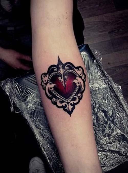 kol içi kalp dövmesi forearm heart tattoo