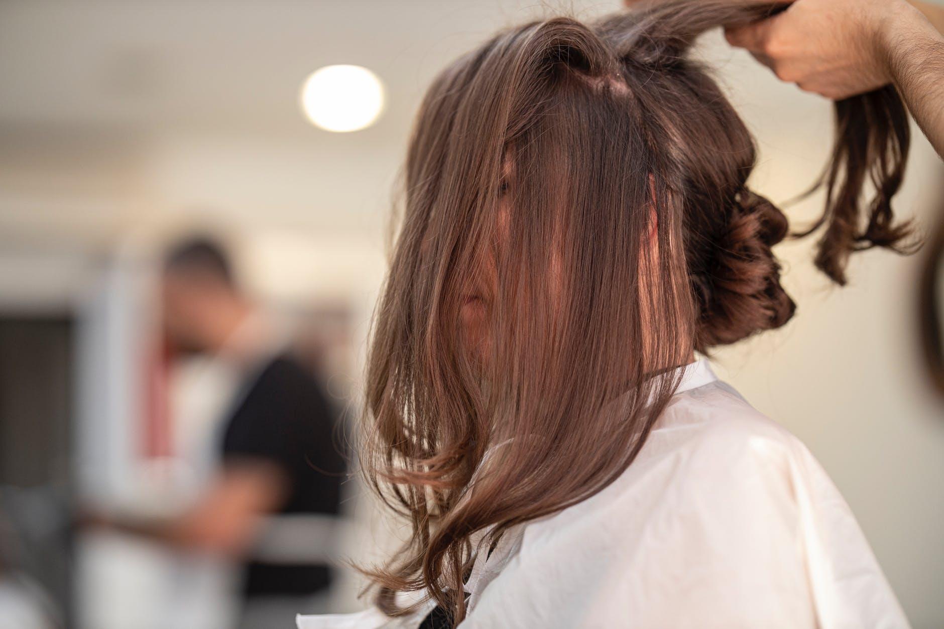 Ragam Gaya Rambut Segi Panjang yang Populer