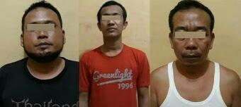 Leni warga Labuhanbatu beserta tiga pria yang jadi puas nafsunya setiap usai menkonsumsi narkoba.