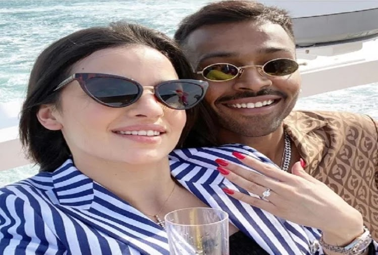 Natasa Stankovic Get Engaged With Indian Cricket Player With Hardik Pandya