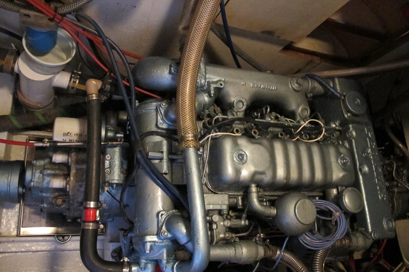 CKD Boats - Roy Mc Bride: How to bleed a Perkins 4108 marine diesel