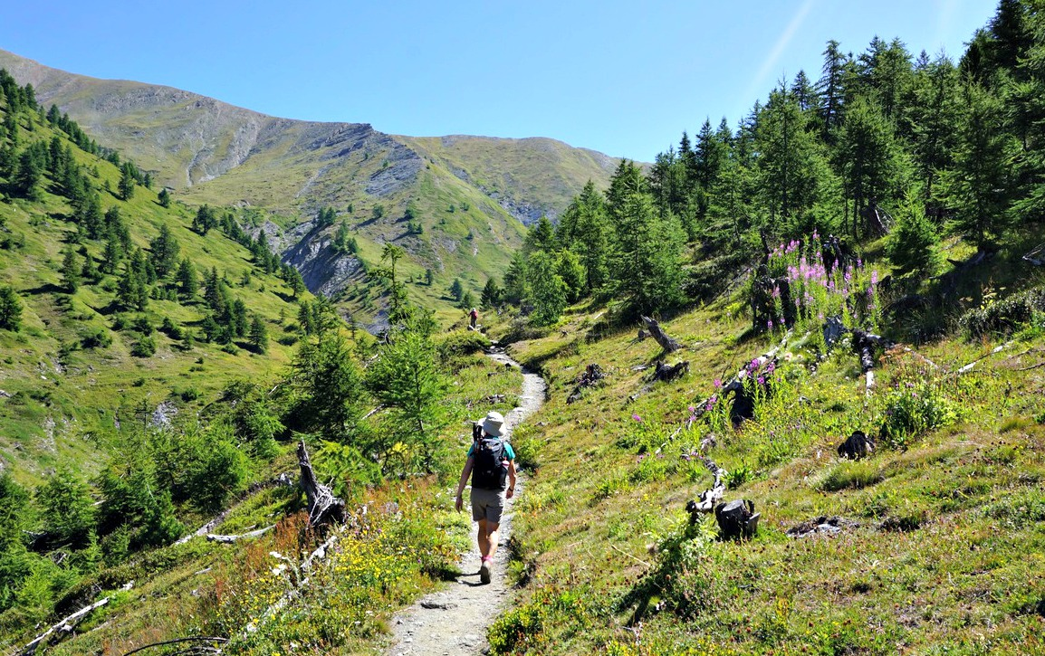 GRP trail to Col Lacroix higher up