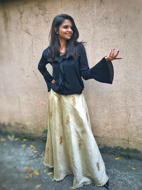 Golden Lehenga, Wedding Outfit, OOTD, Traditional, Outfit of the day, Formal wear