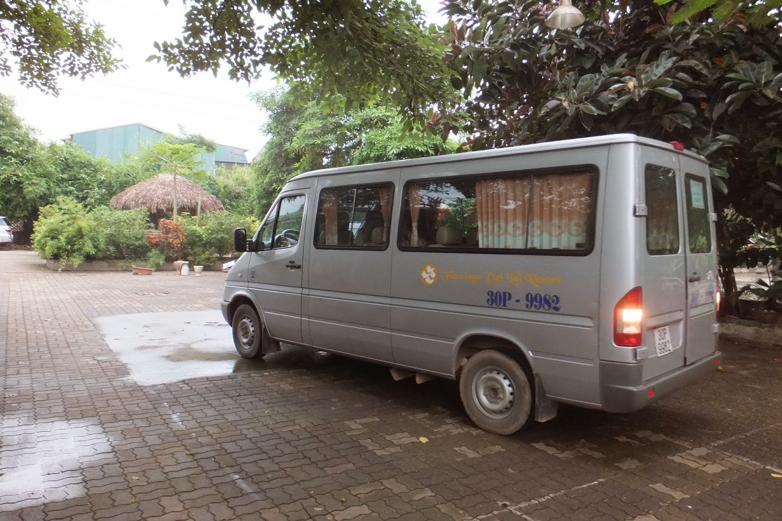 mini-bus