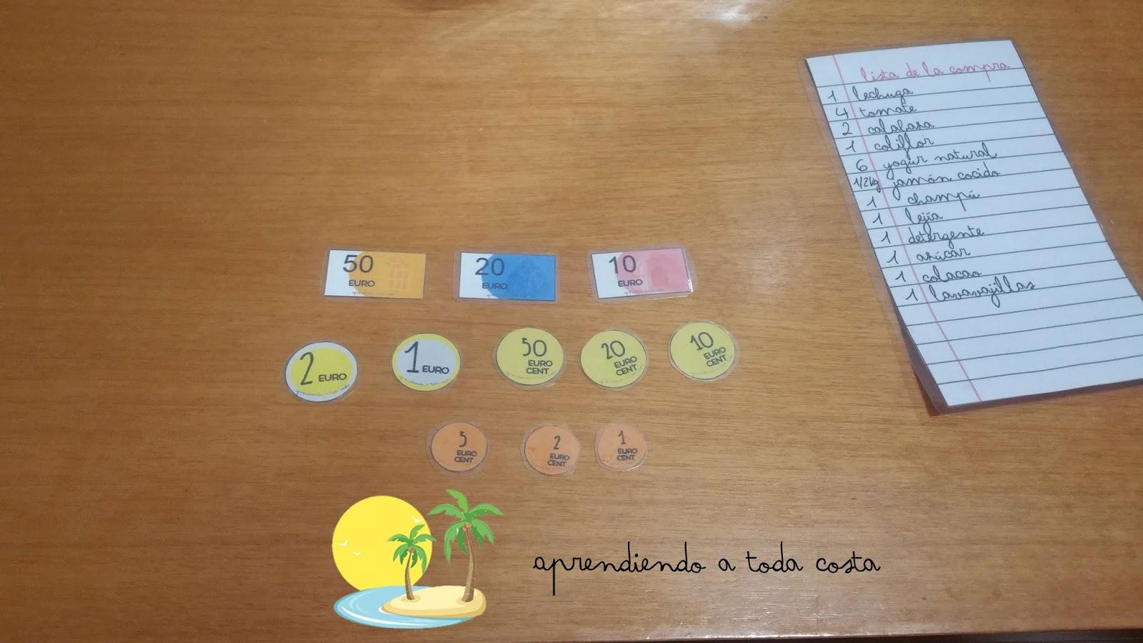 Monedas y billetes impreso