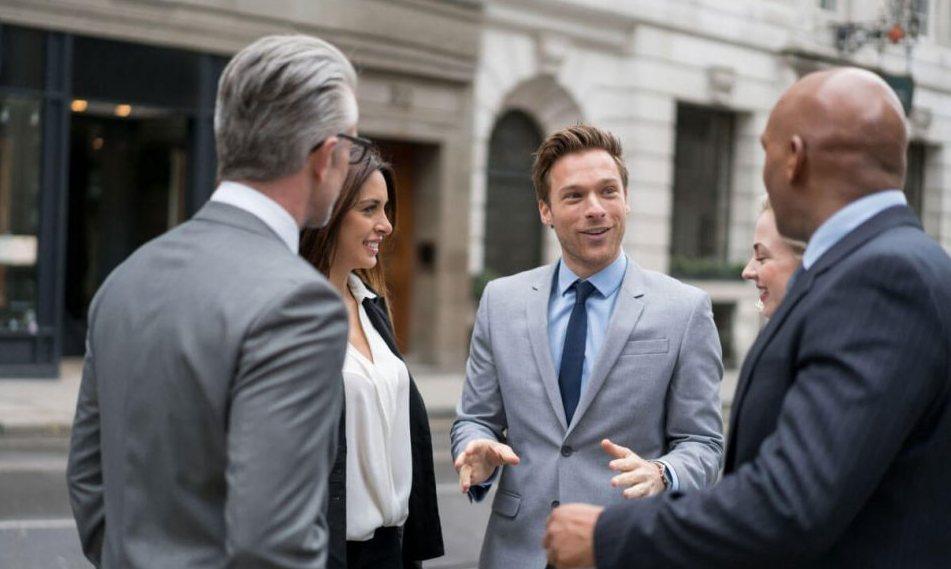 Kaip lengvai palaikyti pokalbį