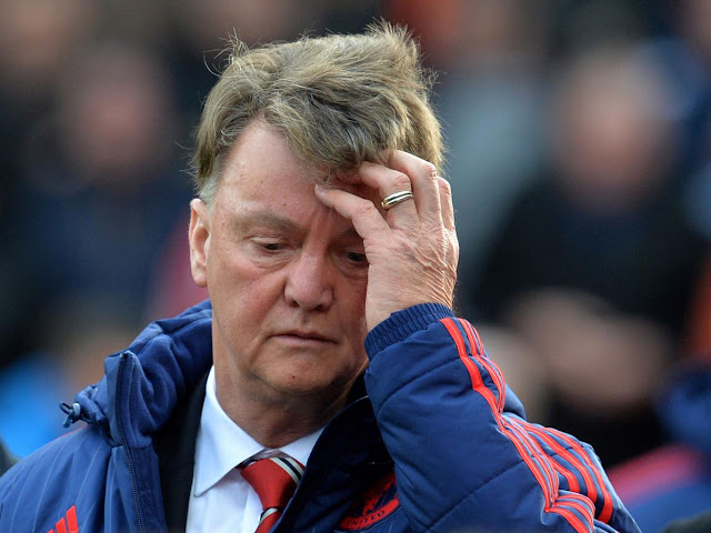 Alan Shearer believes Louis van Gaal has lost the fight at Manchester United