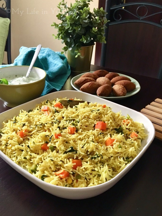 Green Leaves and Mixed Vegetables Pulao